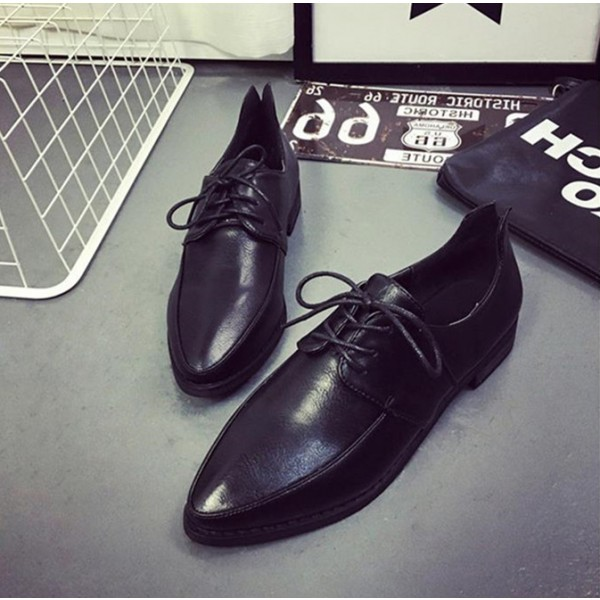 Black Women's Oxfords Lace-up Flats Vintage Shoes image 1