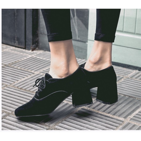 Black Vintage Shoes Lace up Suede Chunky Heeled Oxfords image 2