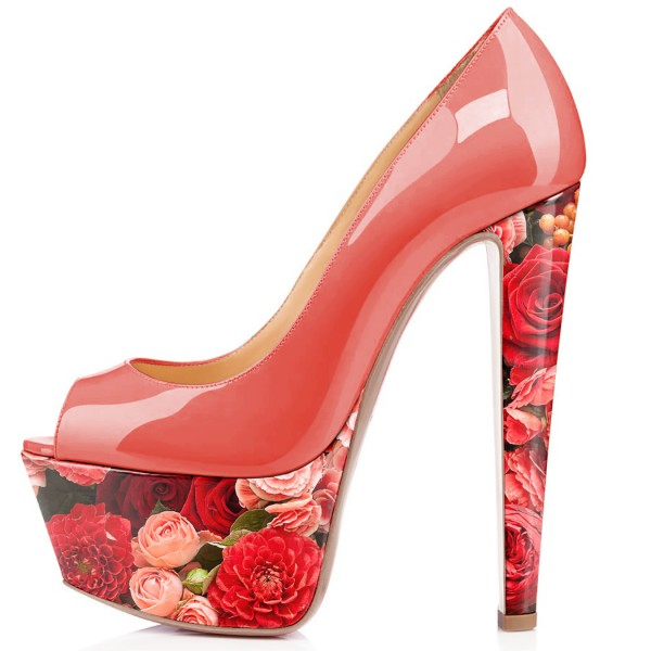 Roses Printed Pumps image 2