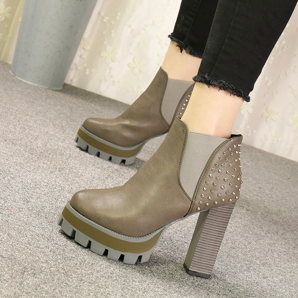 Women's Gray Vintage with Green Rivets Chunky Heel Boots image 1