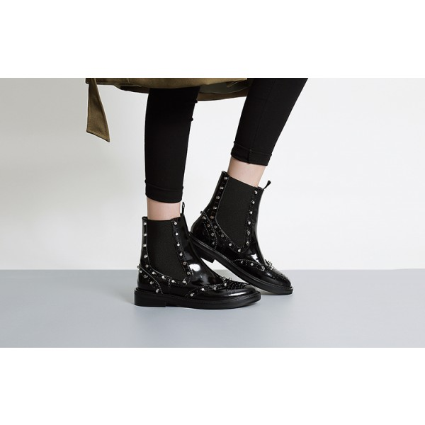 Black Wingtip Boots Patent Leather Round Toe Studs Chelsea Boots image 4