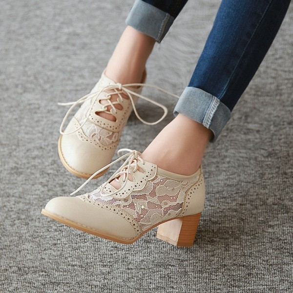 30d097eb28911c Beige Lace Oxford Heels Round Toe Block Heel Vintage Shoes for Date ...
