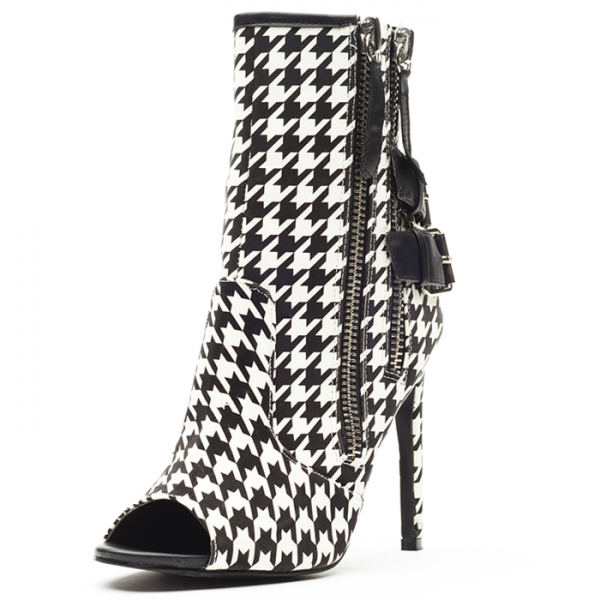 Black and White Houndstooth Buckles