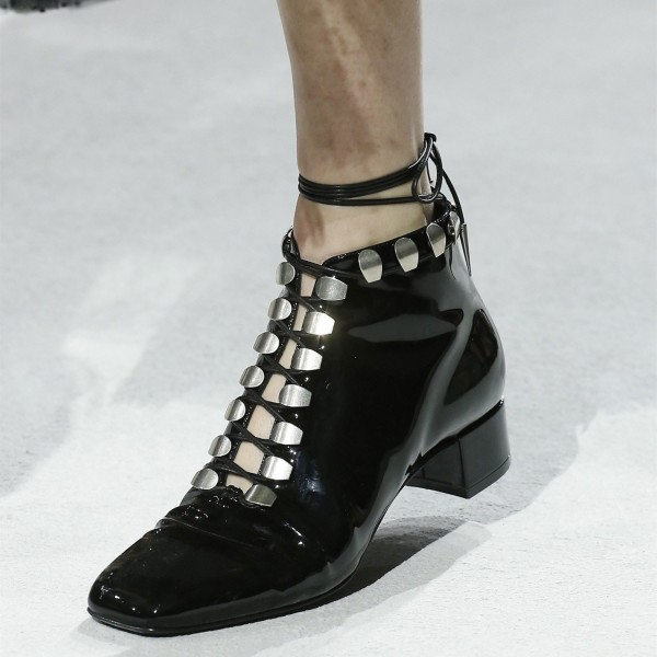 Black Lace up Chunky Heel Boots Square