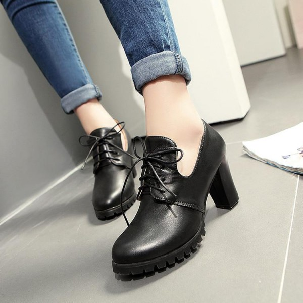 Black Lace up Oxford Heels Round Toe Chunky Heel Vintage Shoes image 1