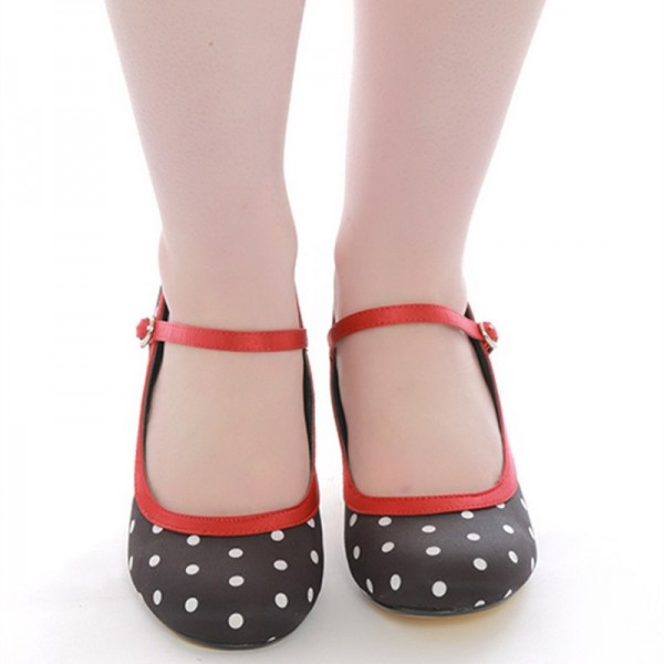 Black Polka Dot Round Toe Mary Jane Pumps image 5