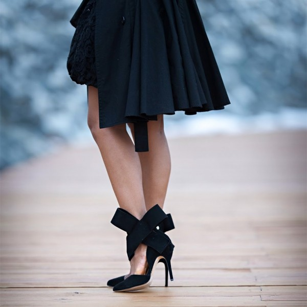 Black Side Bow Heels Closed Toe Stiletto Heel Suede Pumps image 2