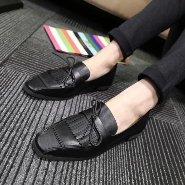 Black Square Toe Vintage Flat Shoes Fringe Loafers for Women image 1