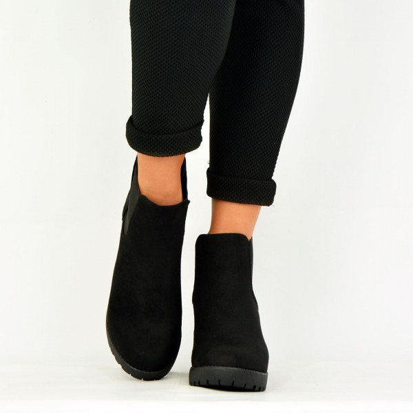 Women's Black Chelsea Boots Suede Round Toe Chunky Heels Ankle Boots image 2