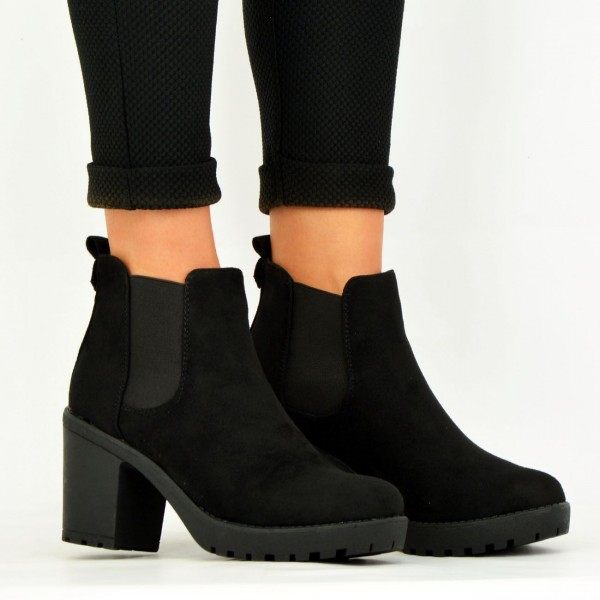 Women's Black Chelsea Boots Suede Round Toe Chunky Heels Ankle Boots image 3