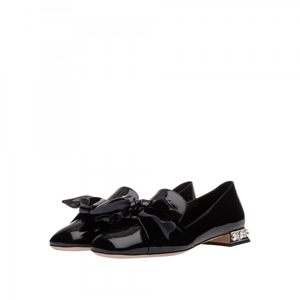 Black Vintage Bow Patent Leather Loafers for Women  image 1