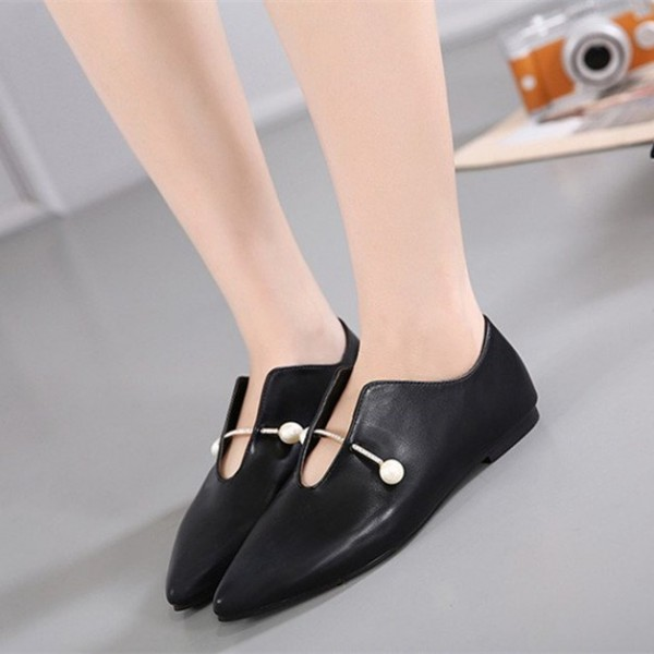 Women's Black Pointed Toe Elegant Vintage Comfortable Flats image 1
