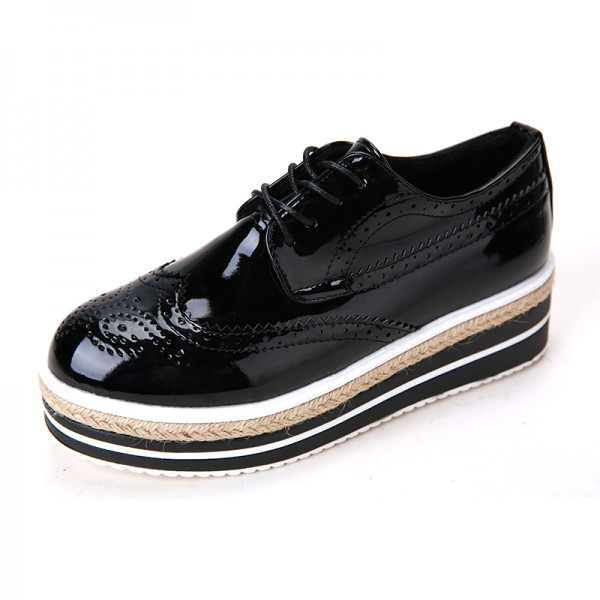 Retro Black Women's Oxfords Vintage Lace-up Brogues Platform Shoes image 4