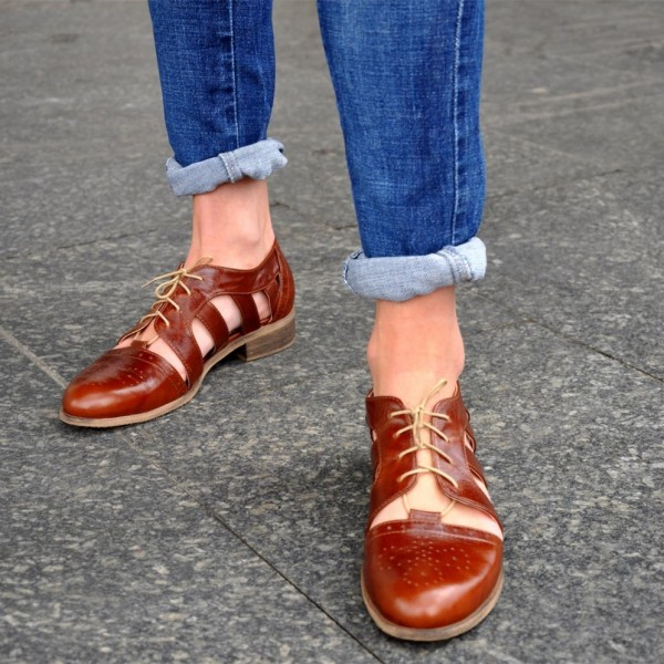 Brown Comfortable Shoes Round Toe Lace up Women's Oxfords image 3