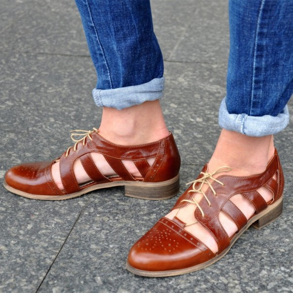 Brown Comfortable Shoes Round Toe Lace up Women's Oxfords image 1