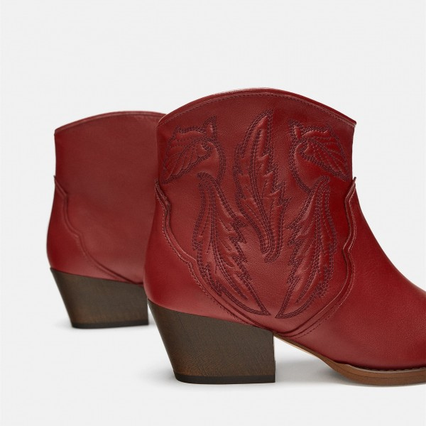 Burgundy Retro Pointy Toe Chunky Heels Ankle Booties image 3