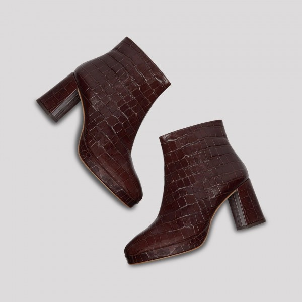 Maroon Textured Vegan Leather Chunky Heel Boots Round Toe Ankle Boots image 6