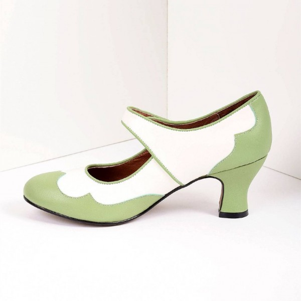 Green and White Mary Jane Heels Vintage Style Chunky Heel Pumps image 4