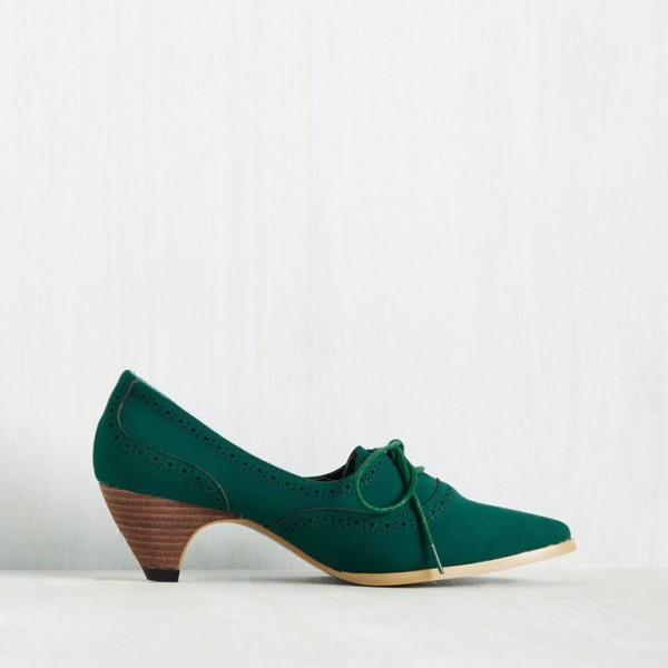 Green Lace Up Heels Pointy Toe Vintage Shoes Cone Heel Pumps image 2