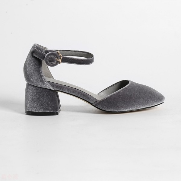 Grey Velvet Block Heels Vintage Closed Toe Ankle Strap Heels Pumps image 3