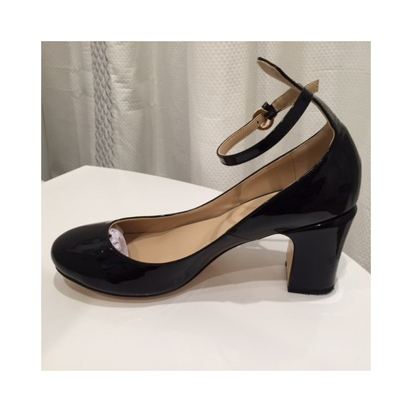 Leila Black Pumps image 1