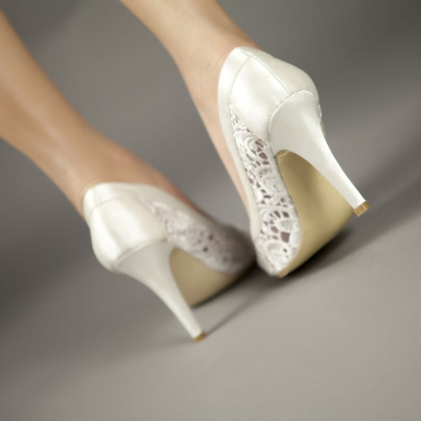 White Bridal Shoes Lace Heels Wedding Pumps image 3