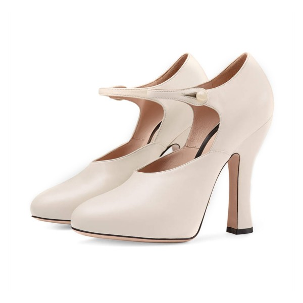 Ivory Vintage Heels Closed Toe Retro Chunky Heel Pumps image 1