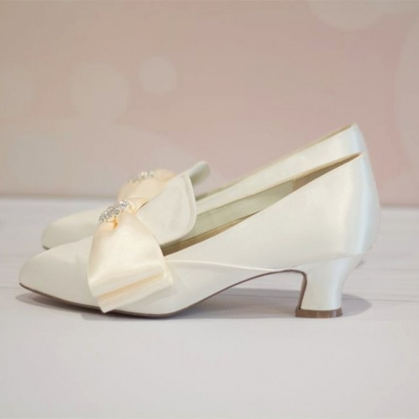 Ivory Wedding Shoes Satin Pointy Toe Spool Heel Vintage Shoes by FSJ image 1