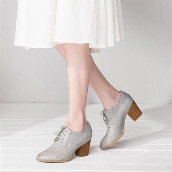 Grey Oxford Heels Round Toe Lace up Block Heel Vintage Shoes image 1