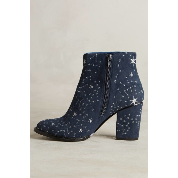Women's Witch Navy Suede Floral Platform Chunky Heel Boots for Halloween image 3