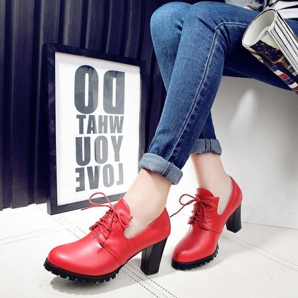 Red Lace up Oxford Heels Round Toe Chunky Heel Vintage Shoes image 1