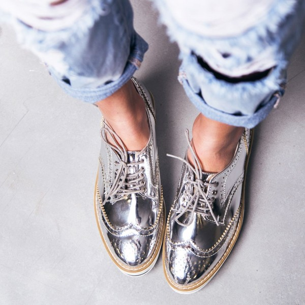 Silver Wingtip Women's Oxfords Lace up Flats Vintage Shoes image 1