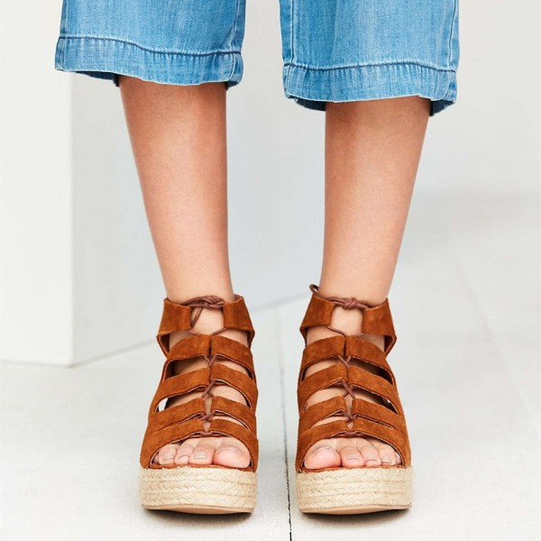 Tan Sandals Suede Open Toe Lace up Vintage Platform Shoes image 3