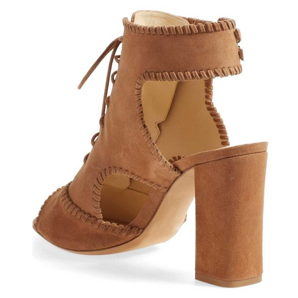 Suede Eyelet Lace-Up Buckled Chunky Heeled Ankle-Boots in