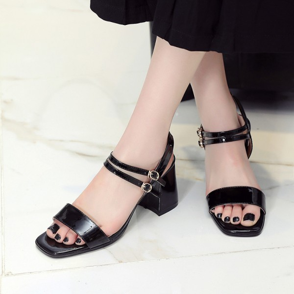 Women's Black Patent Leather Open Toe Chunky Heel Sandals image 2