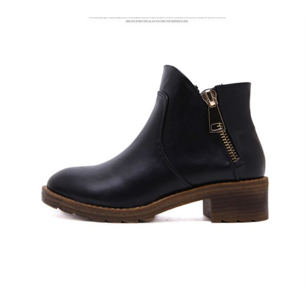 Black Short Boots Round Toe Low Heel Vintage Ankle Boots image 4
