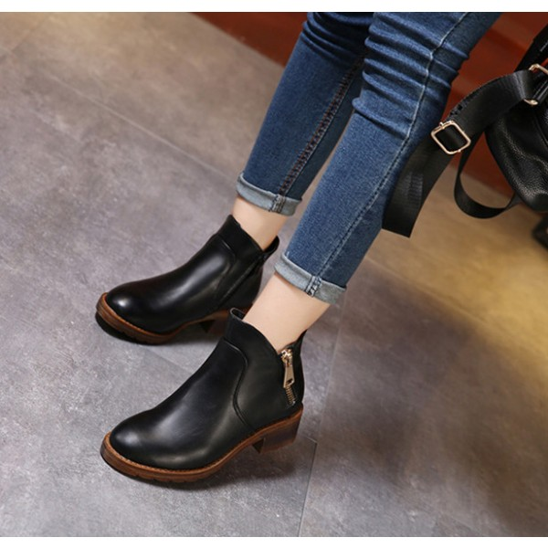 Black Short Boots Round Toe Low Heel Vintage Ankle Boots image 2