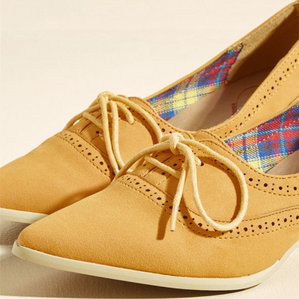 86f8fdb2370f ... Ginger Hollow out Lace-up Vintage Heels Pointy Toe Cone Heel Shoes  image 2 ...