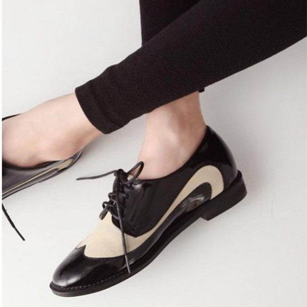 Beige and Black Women's Oxfords Lace up Brogues Vintage Shoes image 1
