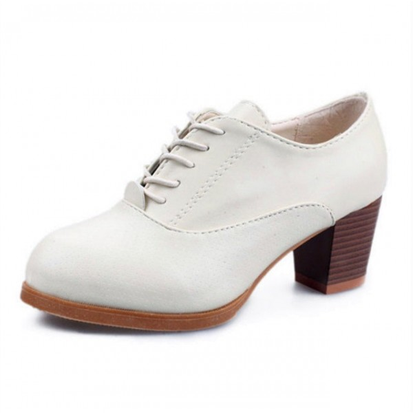White Oxford Heels Round Toe Lace up Block Heel Vintage Shoes image 1