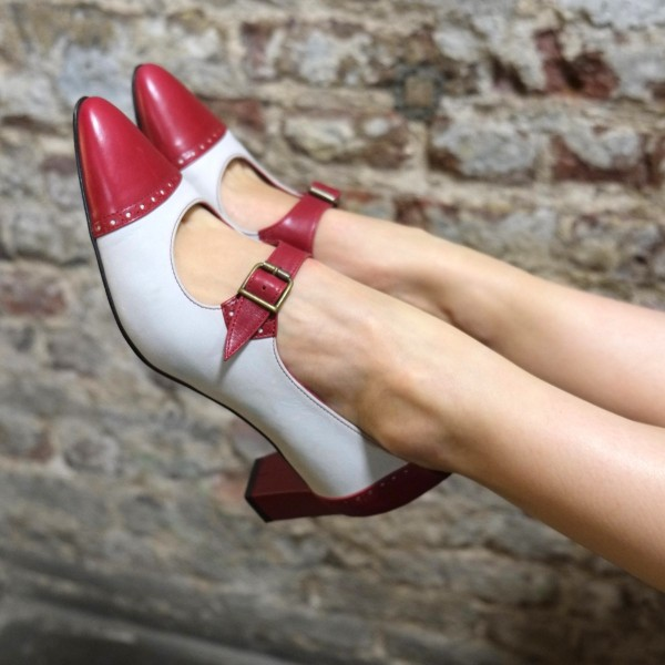 Women's Red And White Mary Jane Pumps Vintage Heels Shoes image 1