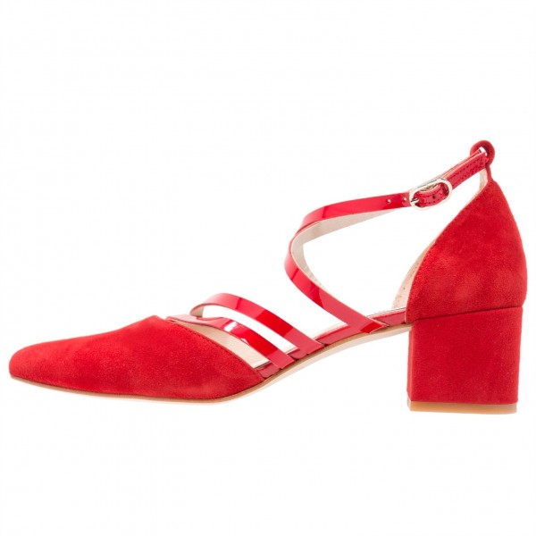 Women's Red Cross Over Chunky Heels Pointy Toe Vintage Shoes image 2