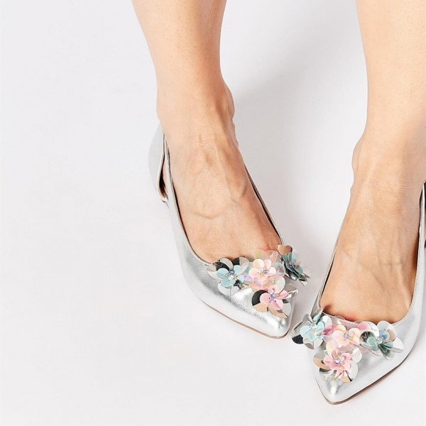 Silver flowery Wedding Shoes Pointy Toe Comfortable Flats Shoes image 1