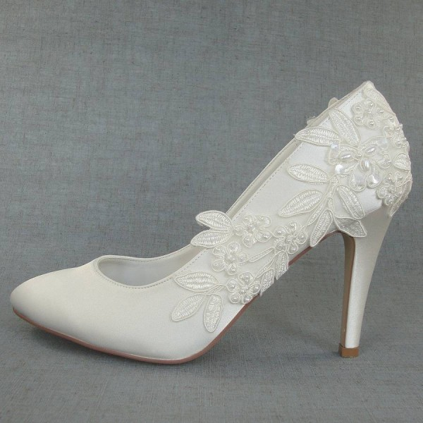 Women's White Floral Lace Almond Toe Stiletto Heels Wedding Shoes image 2