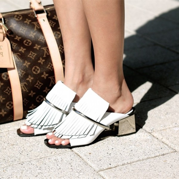 Women's White Open toe Chunky Heels Mule Sandals image 1
