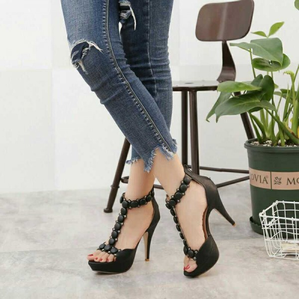 Black T Strap Sandals Suede Open Toe Chunky Heels with Rivets image 1