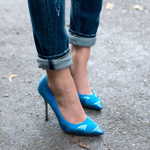 Light Blue Ripple Pointed Toe Low-cut Uppers Stiletto Heels Pumps image 5