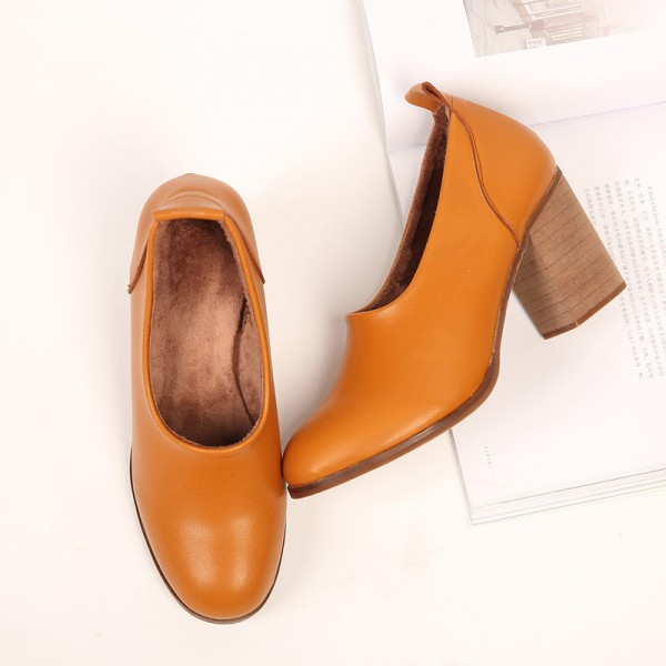 Tan Vintage Heels Round Toe Slip-on Block Heel Pumps image 1