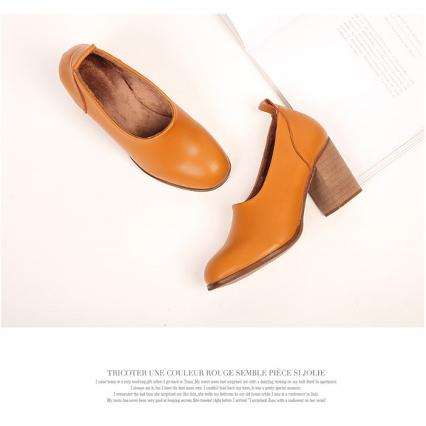Tan Vintage Heels Round Toe Slip-on Block Heel Pumps image 3