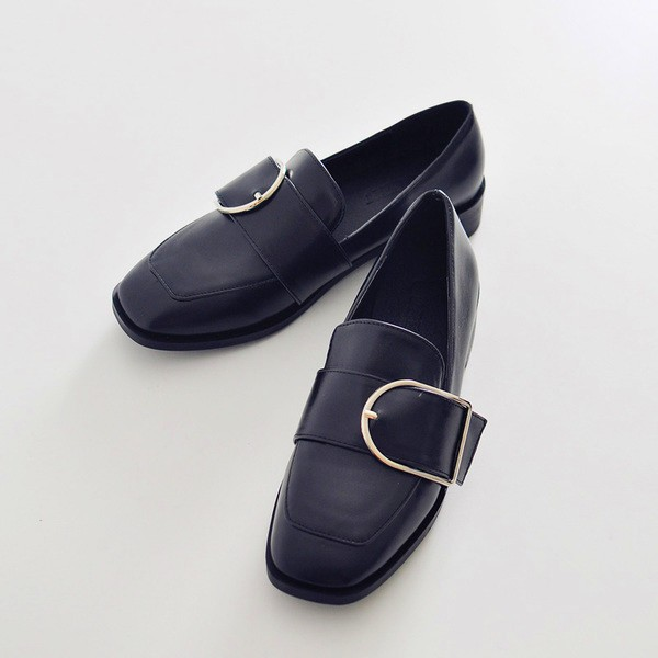 Women's Black Buckle Slip-on Flat  Vintage Comfortable Flats image 1
